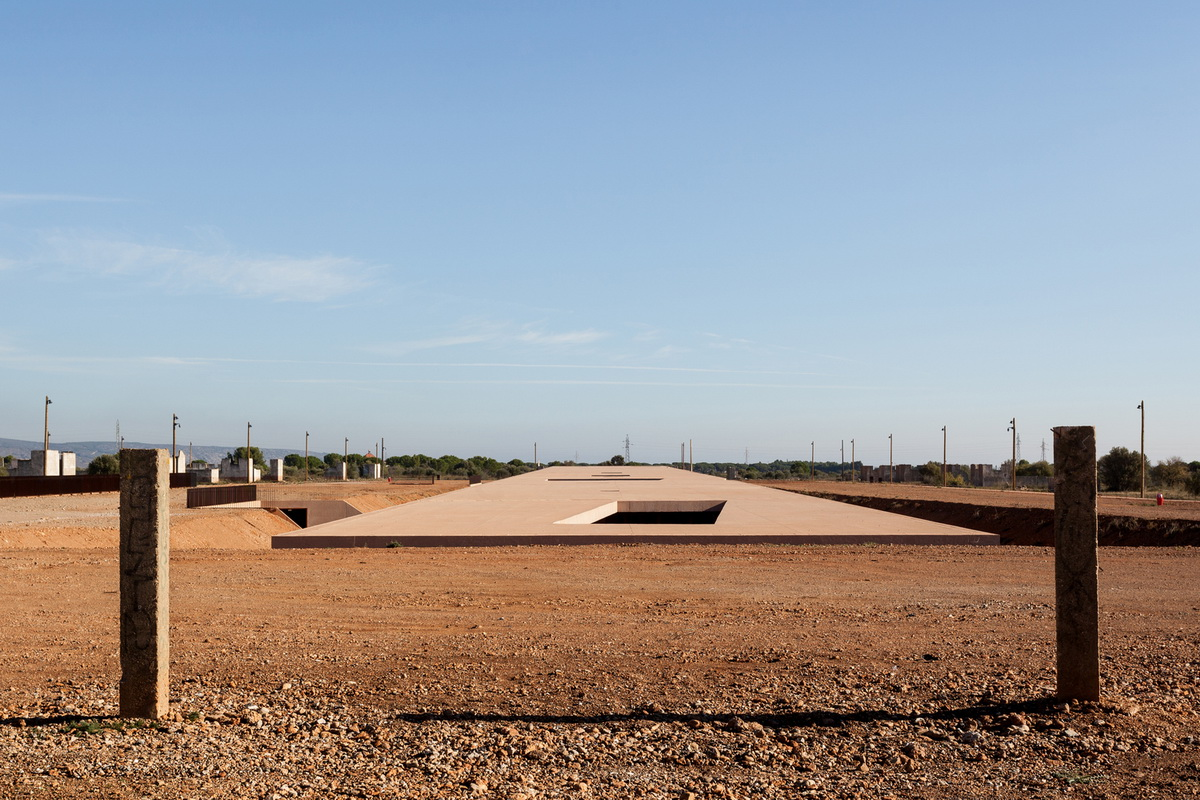 Rudy Ricciotti About The Memorial Museum Of Rivesaltes At Share Forum 2017 Share Architects